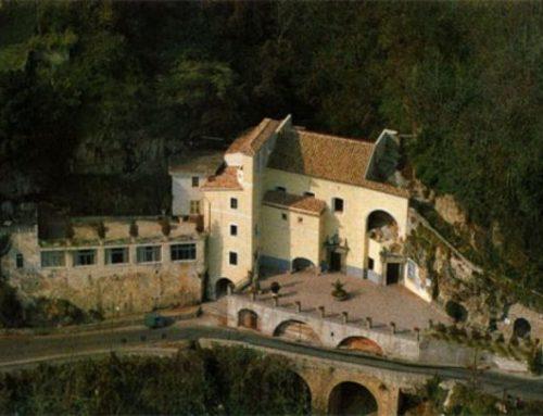 Santuario dell'Avvocatella, la piccola Fatima con il prete esorcista