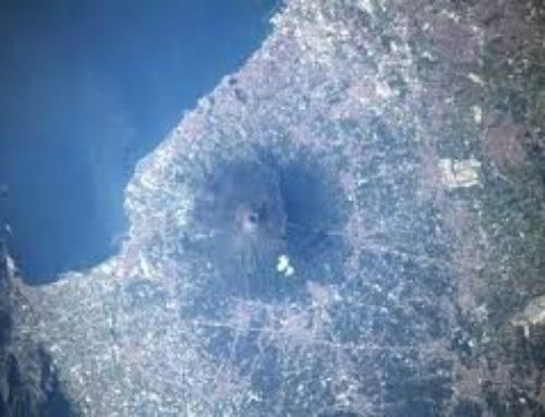 Il Vesuvio visto dalla stazione spaziale incanta il mondo
